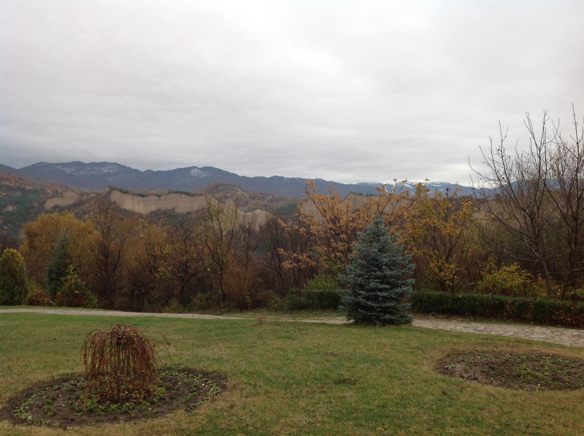Панорамна гледка винарна Синтика