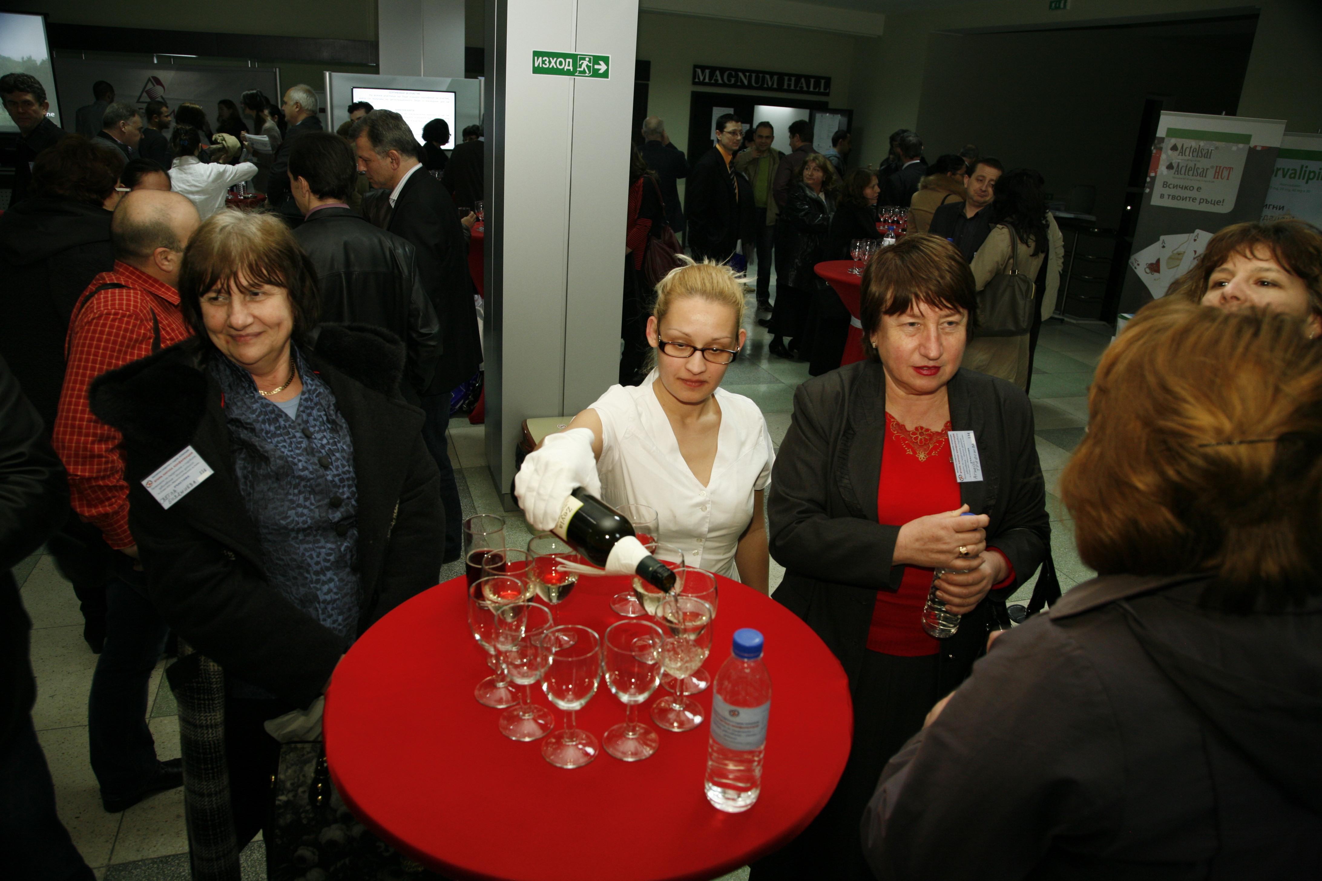 Разливане на вино в Плевен