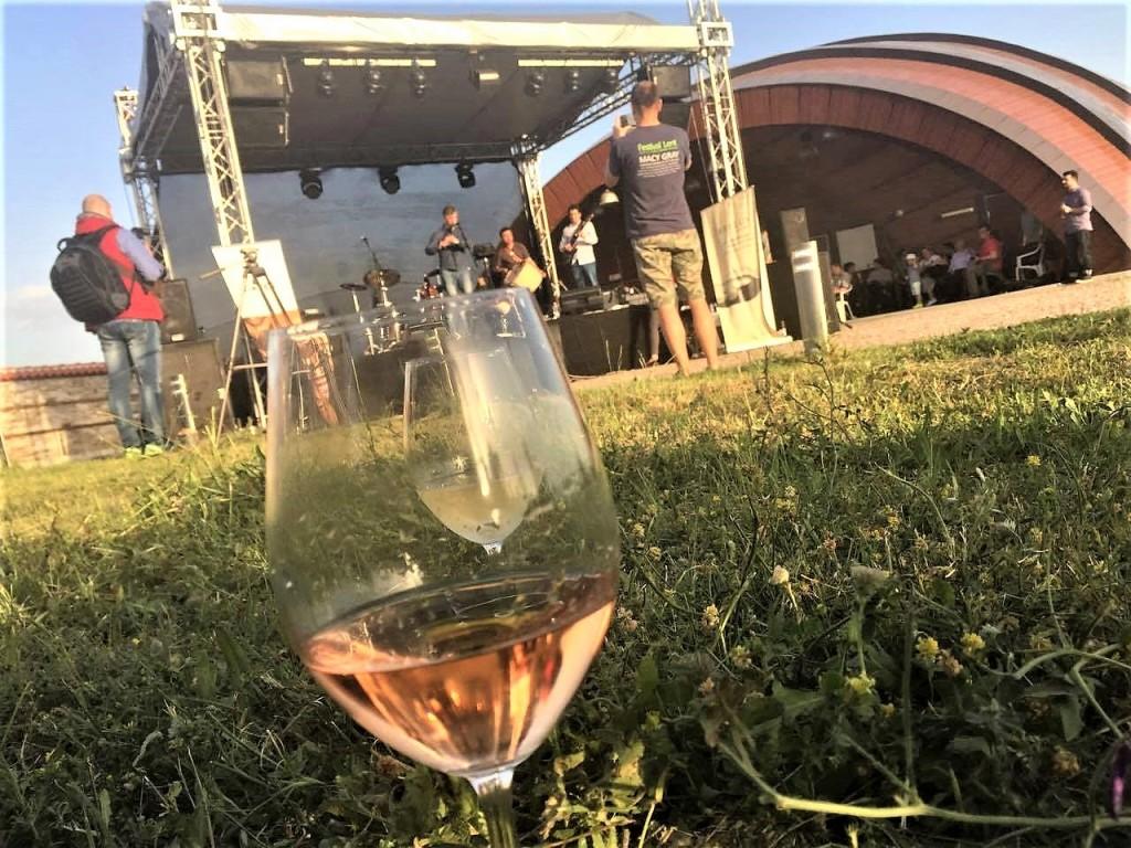 Ритъм и вино